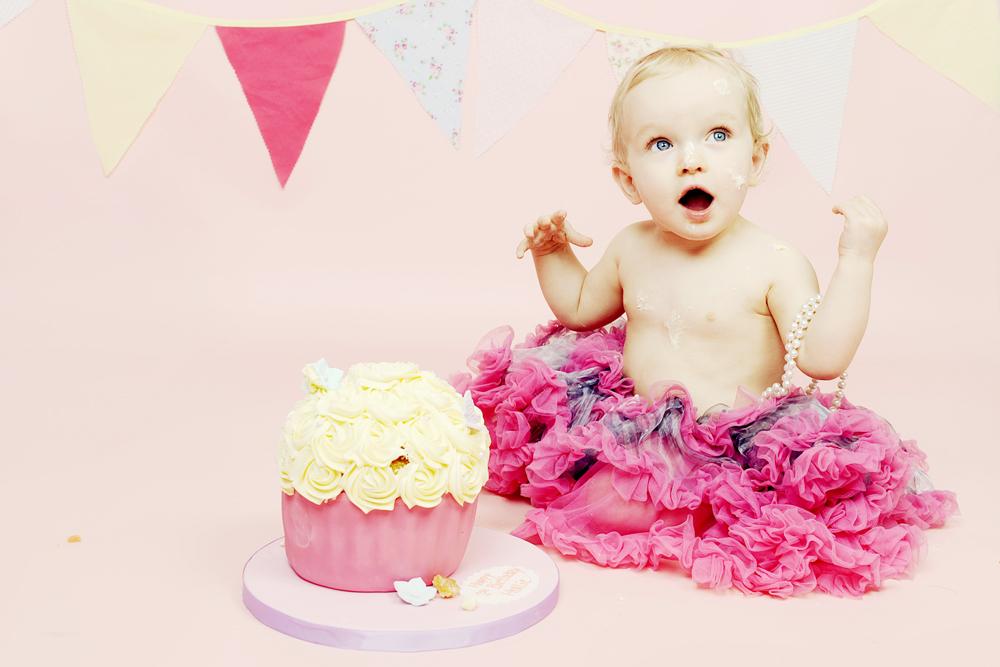 bolton-cake-smash-photography.jpg